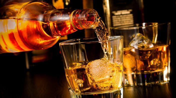 wie erkennt man einen alkoholiker