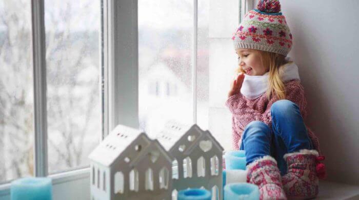 Babys vor der Kälte schützen – richtig verpackt klappt's auch im Winter