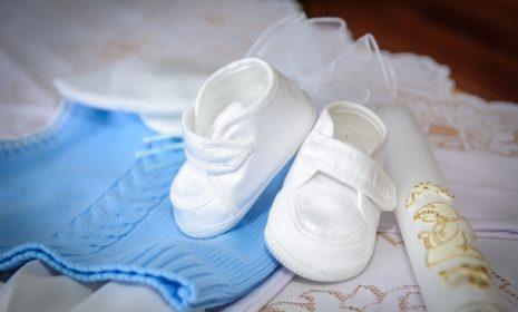Taufe: Sollten wir unser Baby taufen lassen?