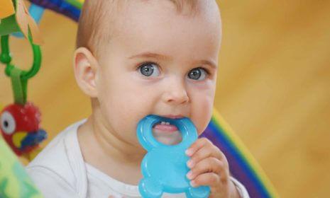 Checkliste: Spielzeug bis 12 Monate