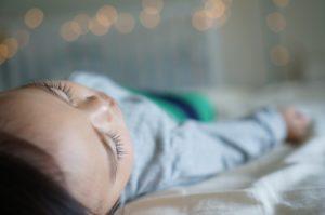 Abschied vom Familienbett: Wie Kinder lernen, alleine zu schlafen