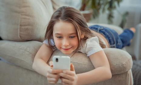 Das richtige Alter für ein Handy