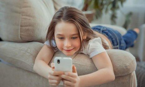 Kinder und Smartphone